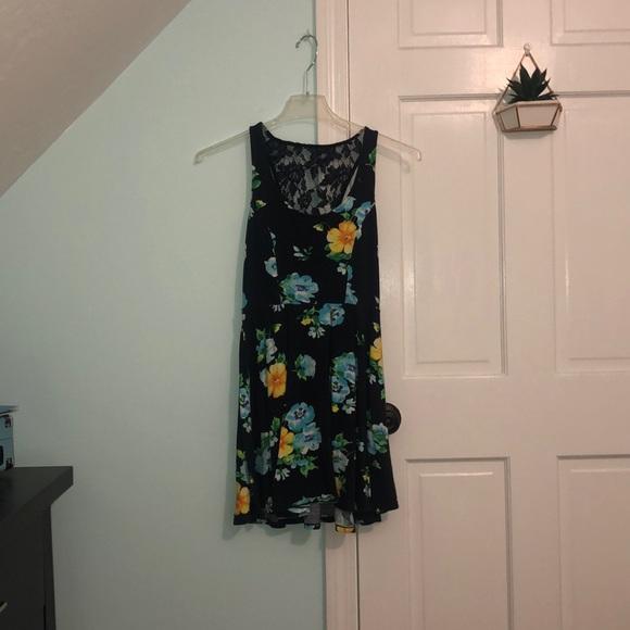 Aeropostale Dresses & Skirts - Aeropostale flower printed dress